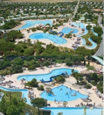 Sequoia Parc in 17320 Saint-Just-Luzac / Poitou-Charentes / France